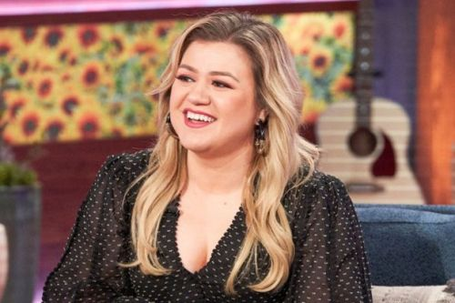 Kelly Clarkson to sit in for Simon Cowell on America's Got Talent judging panel