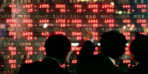 Global stock market sell-off resumes as Saudi sanction fears push oil higher