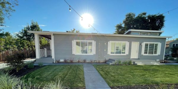 ADUs, or accessory dwelling units, are all the craze these days. I stayed in one for 20 hours. Here's how it went