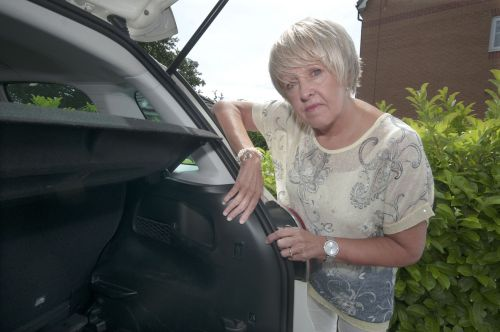 Theives stole a grandfather's ashes from the boot of his daughter's car