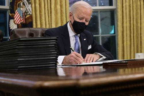 Joe Biden to sign 10 executive orders to combat Covid-19 on first full day