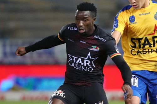 Fashion Sakala would prefer Rangers switch over Lille offer