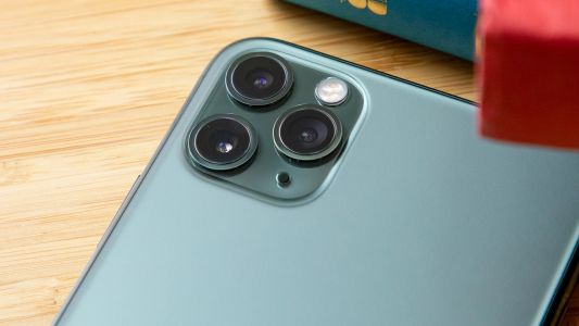 Want to see the iPhone 12 sizes? These dummy units are the best idea we have yet