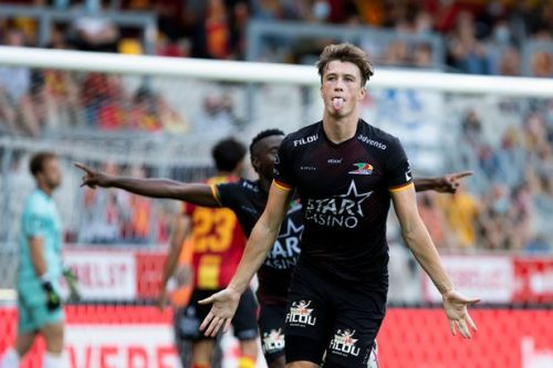 Jack Hendry hailed as one of Belgium's best defenders