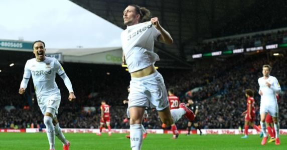 Leeds get back on track with win over Bristol City to keep hold of 2nd place