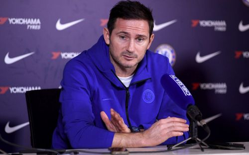 Frank Lampard: I will not make 'knee-jerk' signing in search for new Chelsea striker