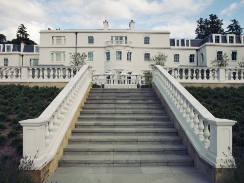 48 US cities where you can buy a mansion for under $1 million