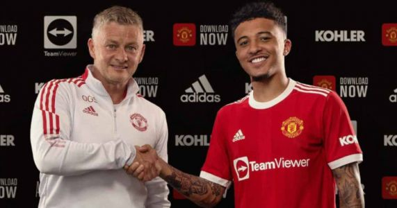 Prolific strike duo pen new Man Utd contracts; keeper also signs up
