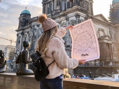 Grafomaps' custom map posters and T-shirts make great personalized gifts - here's what it's like to design them