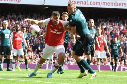 Arsenal star claims Liverpool are easier to defend against than Burnley