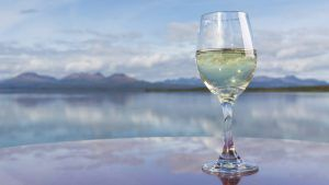 This is what drinking white wine says about your personality
