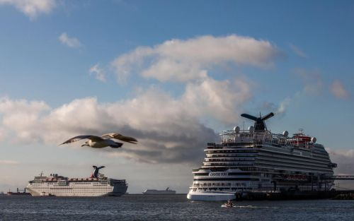 Travel news latest:US heightens warning against cruise holidays