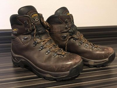 The best men's hiking boots