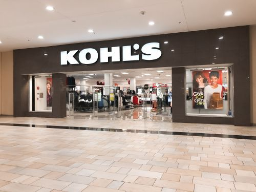 Wall Street thought Kohl's could defy the retail apocalypse, but department stores' struggles appear to be more difficult to overcome