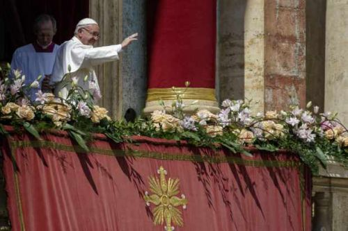 How to watch Easter Sunday Mass and services online - Pope Francis live today
