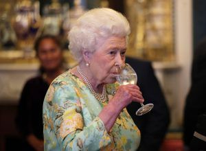 The Queen is now selling gin as a Buckingham Palace side hustle and we're here for it