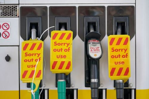 Scots fuel stations hit with £30 limit after 'unprecedented demand' leads to massive queues