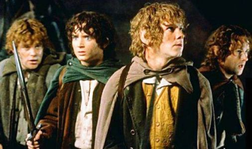 Lord of the Rings REUNION: Hobbit stars pose in HILARIOUS photo with THIS Star Wars actor