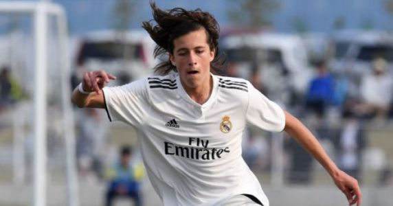 Man Utd seal signing of Real Madrid left-back on four-year deal