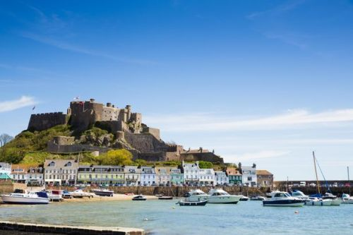 Jersey scraps on arrival PCR tests and self-isolation for UK travellers