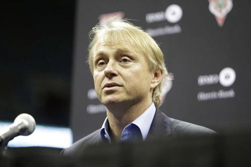 Fortress CEO Wes Edens didn't show up to board meetings even as his private-equity firm ran a $115 million tab for managing local newspaper chain GateHouse