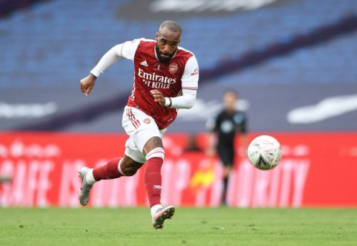 Arsenal set to sell Alexandre Lacazette for £30m after wrapping up new Pierre-Emerick Aubameyang deal
