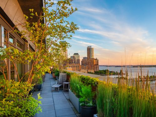 Meryl Streep is selling her NYC penthouse at a 26% discount. Take a look inside the $18.25 million Tribeca home, which spans an entire floor and has a landscaped wraparound terrace
