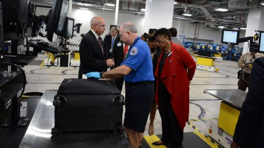 Miami airport unveils $324m automated baggage handling system