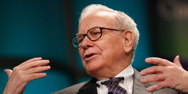 Warren Buffett admitted a 'big' mistake, touted Berkshire Hathaway's past deals, and cautioned traders in his annual letter