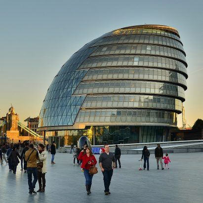 London mayor to vacate Foster + Partners-designed City Hall