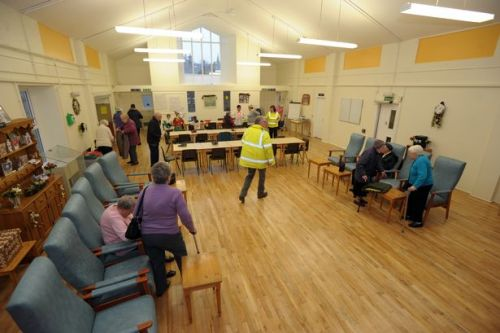 What do folk at Dalbeattie and District Day Centre say is the secret of keeping mentally alert?