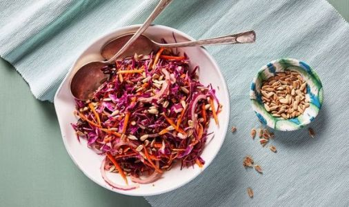 How to make coleslaw