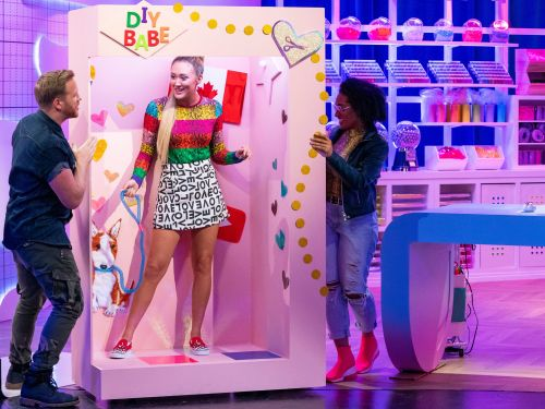 YouTube star LaurDIY is hosting a new HBO Max series. She shares how she built her business empirefrom search to merch to streaming TV