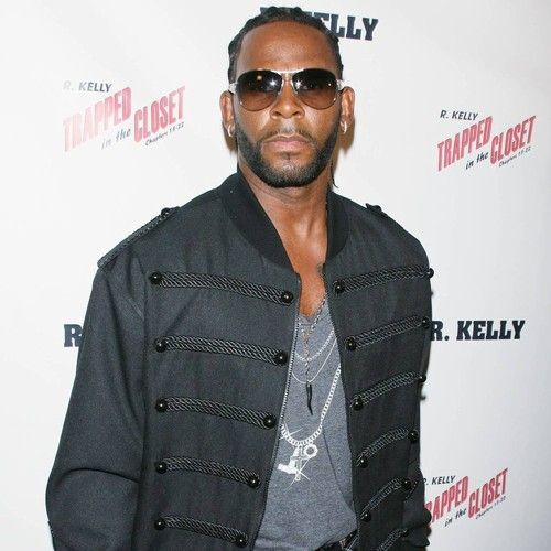 R. Kelly slapped with lawsuit over damaged rental property
