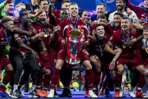 Jordan Henderson reveals how Andy Robertson inspired his iconic trophy shuffle