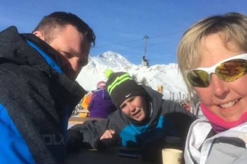 Mum smiles in final selfie hours before she died on last day of family skiing trip