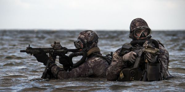 All US special operators train for combat diving, but Navy SEALs take it to another level