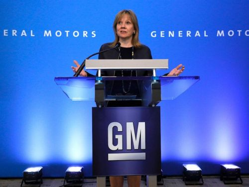 Goldman Sachs is reportedly looking to acquire General Motors' credit-card business away from Capital One as it looks to rev up its consumer-banking unit