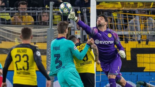 Messi makes debut as Barca draw in Dortmund