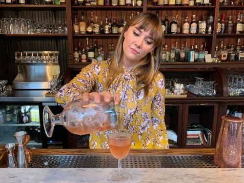 I'm a bartender who's witnessed countless first dates - here are all the things you're doing wrong