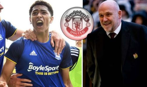 Man Utd want transfer deal sealed this month after Mike Phelan scouts £25m target