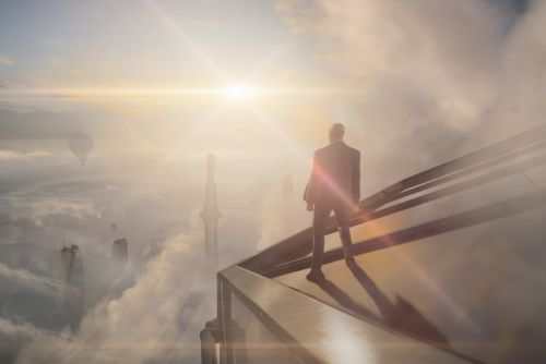 No, Hitman 3 on PS5 and Xbox Series X doesn't have ray tracing. yet