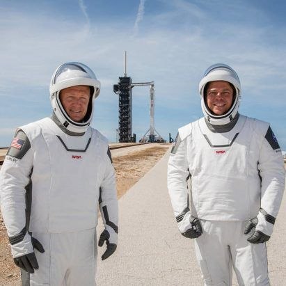 "NASA revives ""worm"" logo and debuts SpaceX spacesuits"