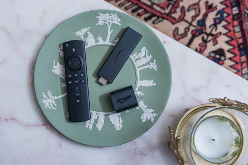 'Does an Amazon Fire Stick need internet?': How to mirror content on your Amazon Fire Stick when you aren't connected to the internet