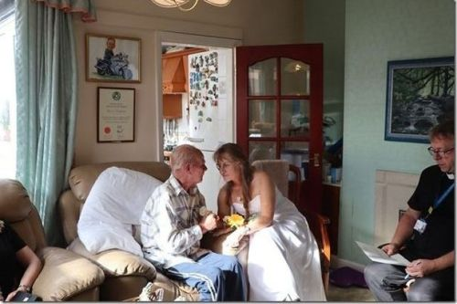 Terminally ill husband's heartbreaking 'last first dance' with wife of 35 years