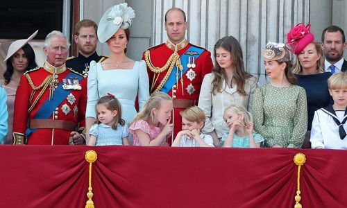 9 cheekiest balcony moments from royal children at Buckingham Palace