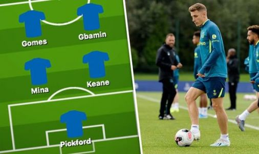 Everton team news: Predicted 4-2-3-1 line up vs Aston Villa - Silva gives Digne update