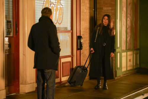 Coronation Street spoilers: Carla Connor takes drastic action to save dying Peter Barlow