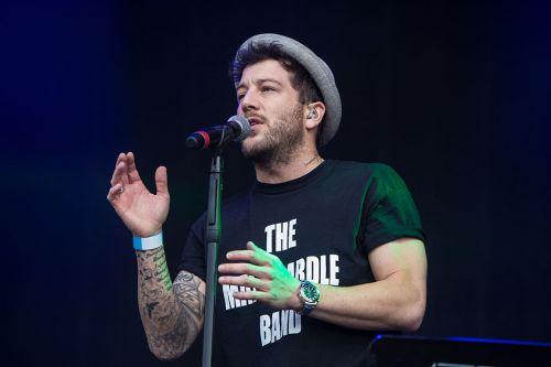 X Factor star Matt Cardle praises girlfriend Amber Hernaman for helping him write song about his Valium addiction