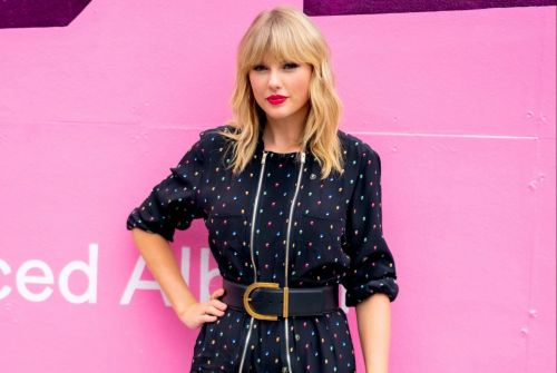 Taylor Swift terrified of being stabbed and shot by stalkers so carries special wound dressing in case the worst happens